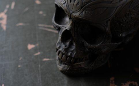 真鍮のスカルのオブジェ