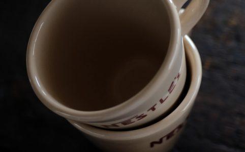 Nestleのマグカップ