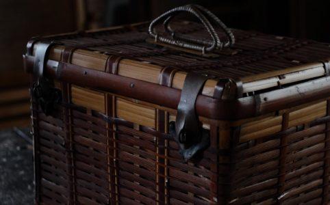 竹製のピクニックバスケット