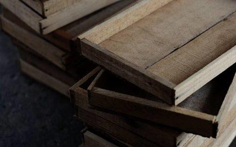 小ねぎの収穫用の木箱