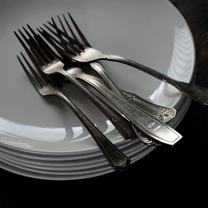 EAGLE BRAND 'ALL WHITE' IRONSTONE 大皿 φ26cm