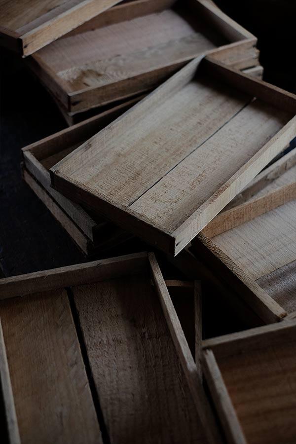 小ねぎの収穫に使われていた浅い木箱