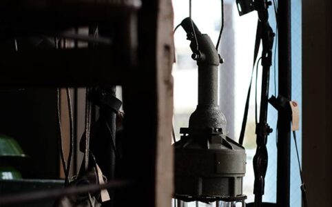 船舶用の防爆灯