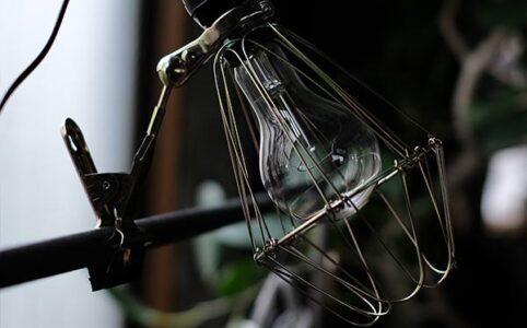 クリップ付き作業灯 マルチランプ(電球E-26)