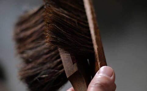 工場で使われていたブラシ