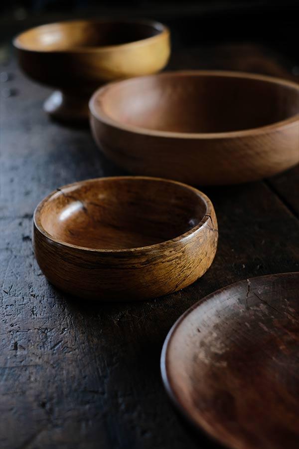 木の皿や器