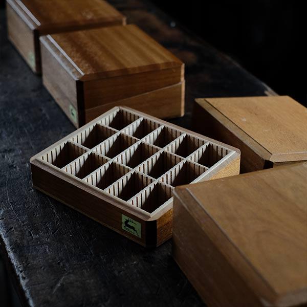 木製の印鑑ケース